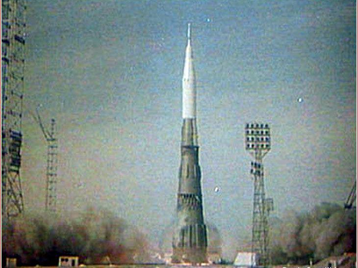 n1 moon rocket